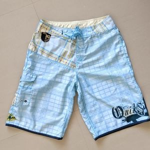 Quiksilver Board Shorts Size 30
